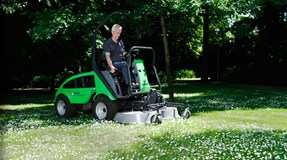 City Ranger 2250 Action Mulch Rotary mower 1200 2 Web