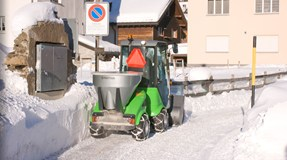 City Ranger 2250 Action Salt Sand spreader Web 1