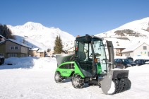 City Ranger 2250 Action Snow blower 2 Web